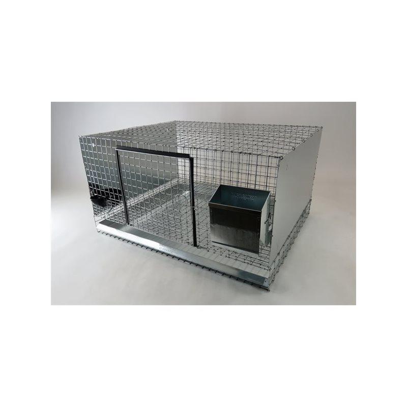 Cages avec côtés en tôle